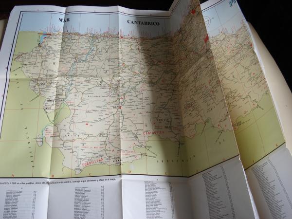 Mapa del Principado de Asturias. Desplegable de gran tamaño con nomenclator