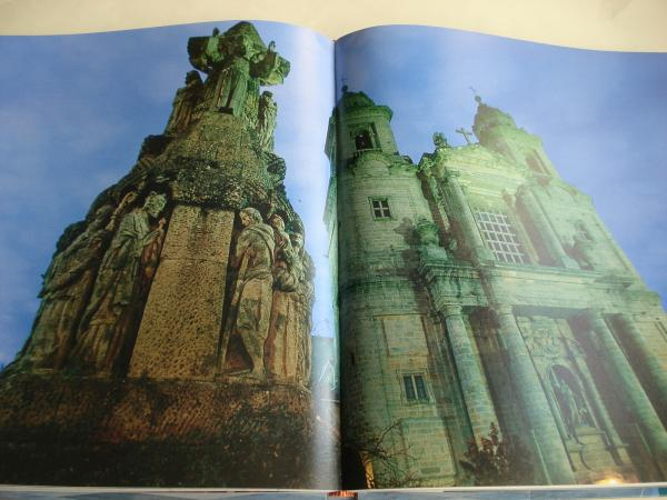 La Galicia de los monasterios. Libro de gran formato con fotografías en color