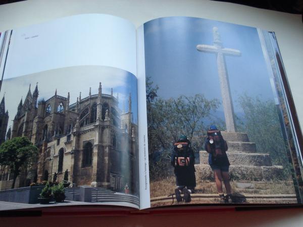La gracia de la peregrinación. Santiago de Compostela (Libro de fotografías en color de gran formato)