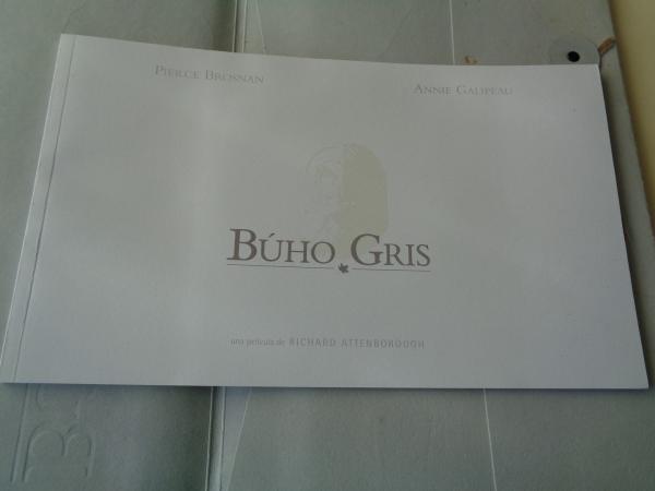 Búho Gris. Libro publicitario de la película + CD Rom