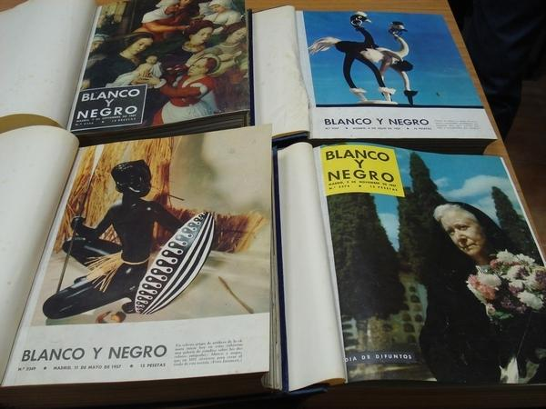 REVISTA BLANCO Y NEGRO. 4 TOMOS. NÚMEROS 2349 A 2382. 11-5-1957 A 28-12-1957