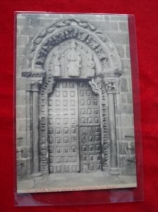 Tarxeta postal: Noia (Noya)- Porta lateral da Igrexa de San Martiño. Ano 1920 - Ver los detalles del producto