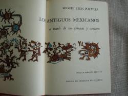 Ver os detalles de:  Los antiguos mexicanos a través de sus crónicas y cantares